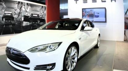 Tesla Planning Affordable Electric Car