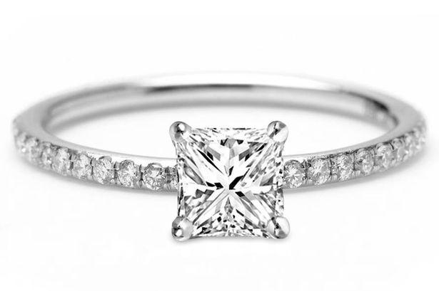 Diamond Engagement Rings Uk Luxurious