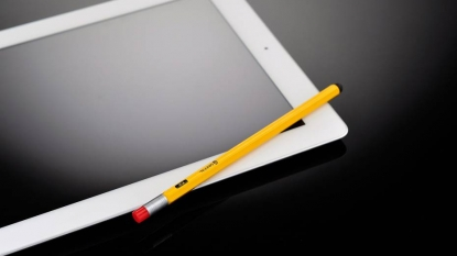 Apple is going to launch 13 inch business iPad with stylus this year