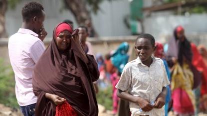 9 killed in bomb blast in the Somali capital
