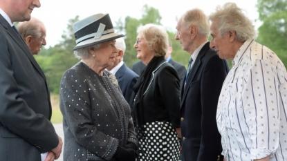 Queen Elizabeth II meeting survivors, liberators of former Nazi camp as Germany