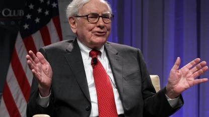 Buffett makes stock gifts worth $2.8B to 5 charities
