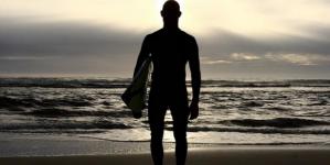 Australia shark attack surfer back in the waves