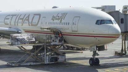 Etihad to fight 'fat passenger' law suit