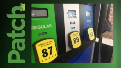 Gas prices fall 10 cents in past week to $2.62