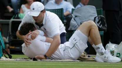 Murray coasts to straight-set win over Haase at Wimbledon