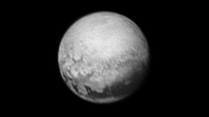 Pluto shows first sign of geology to approaching New Horizons