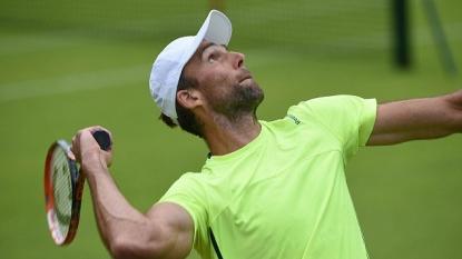 Murray Beats Karlovic To Reach Wimbledon Quarters