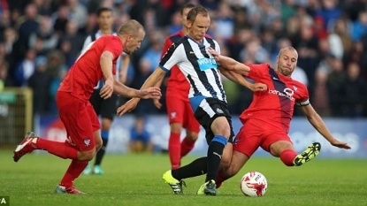 Wijnaldum on target as Newcastle are held