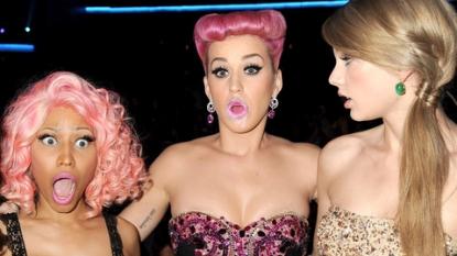 Taylor Swift apologizes to Nicki Minaj after VMA Twitter debate
