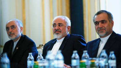 Progress in Iran talks but difficult issues remain -Kerry