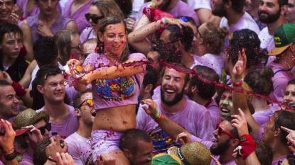 Revelers gather in Spain for running of the bulls ceremony