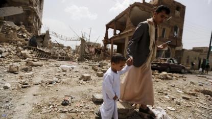 Saudi-led coalition strike Yemen rebels after UN truce begins