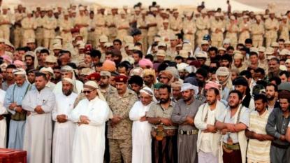 Saudi-led warplanes pound Yemen's Houthi rebels despite truce