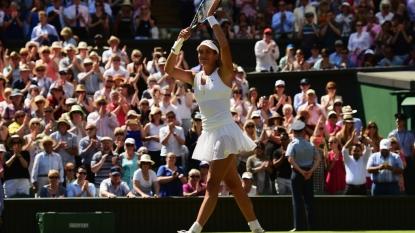 Serena Williams Thrashes Maria Sharapova Again; Meets Garbine Muguruza In