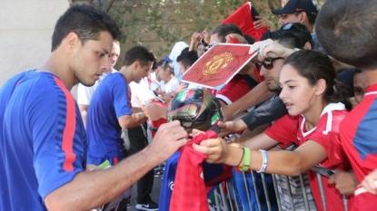 Louis van Gaal backs Manchester United's Luke Shaw to thrive this season