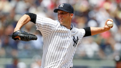 Yankees post 11-run inning against Rangers