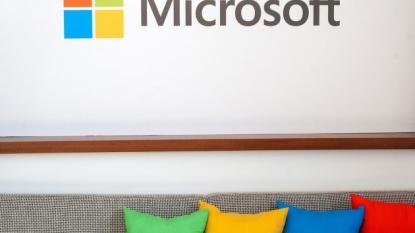 Microsoft Slashing More Jobs Over Phone Fail