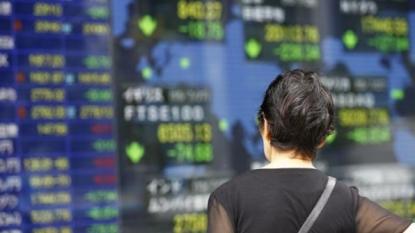 China markets dip slightly in morning trading