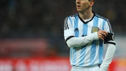 Martino still hoping to pick Messi