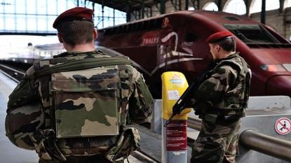 Americans help subdue gunman on French train