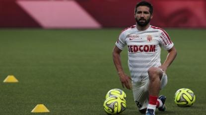Valencia eliminates Monaco in Champions League playoff