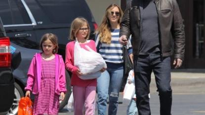 Christine Ouzounian Pregnant: Jennifer Garner 'Livid' With Ben Affleck Nanny's
