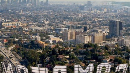 Dr. Dre donating album proceeds to fund arts centre in Compton