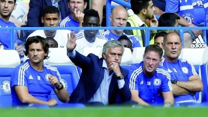 Defending Champion Chelsea Opens Premier League with a Draw Against Swansea City