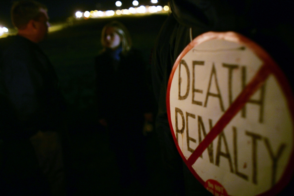pro death penalty term papers Capital punishment -- pro essaysthesis statement: many opponents of capital punishment also argue that the death penalty is all papers are for research and.