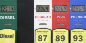 Gas below $2 by Christmas is likely