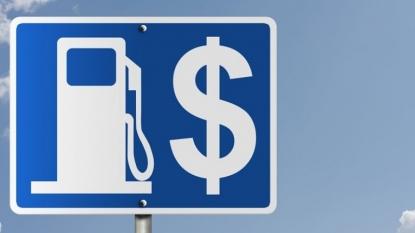 Gas prices tumble around Ohio as summer starts to wind down