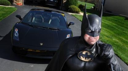 Batman impersonator dies in US 'Batmobile' crash