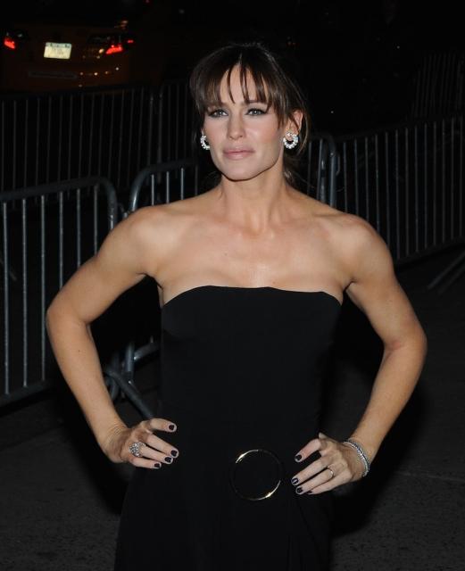 Jennifer Garner is all smiles amid Ben Affleck-Nanny infidelity claims