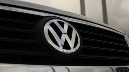 Volkwagen Recalls 670000 Vehicles For Defective Airbags
