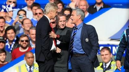 Jose Mourinho: Arsenal will challenge Chelsea for Premier League title