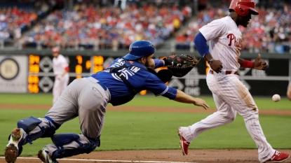 Josh Donaldson homers twice, leads Blue Jays past Phillies 8-5