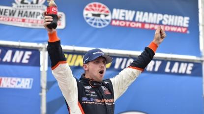 Matt Kenseth dominates for Sprint Cup victory at Michigan