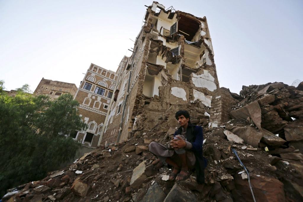 Saudi-led strike in Yemen kills 20 allied fighters