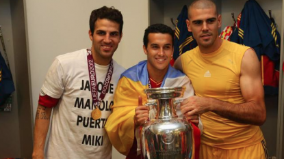 Barca striker Pedro signs Chelsea for 21 million pounds