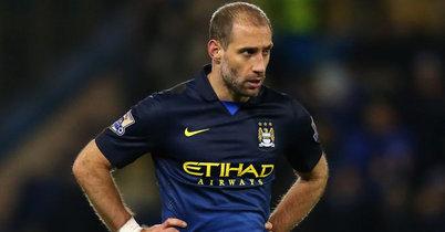 Man.City to lose Zabaleta for a month: Pellegrini