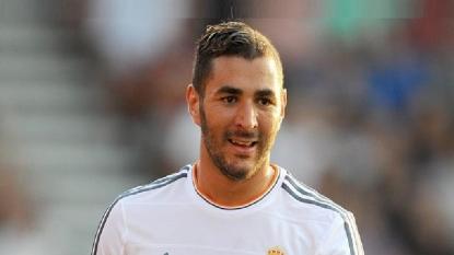 Real Madrid will accept £50m Arsenal bid for Karim Benzema