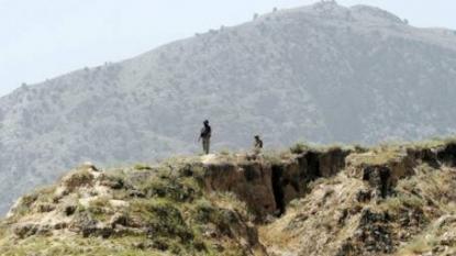 Rebels kill four Pakistani troops in cross-border attack