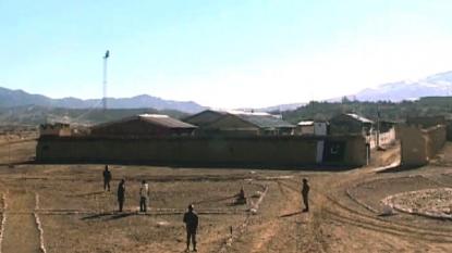 Rockets kill 4 Pakistani soldiers near Afghan border