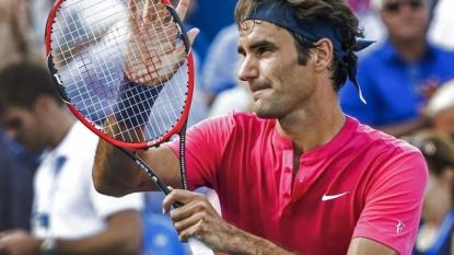 Djokovic sets up title showdown with Federer