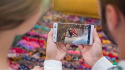 Sony's new mid-range phones take 13-megapixel selfies