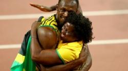 Cameraman on segway crashes into Usain Bolt following 200m victory