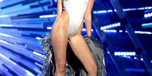 A brief explainer of the Miley Cyrus-Nicki Minaj VMA beef