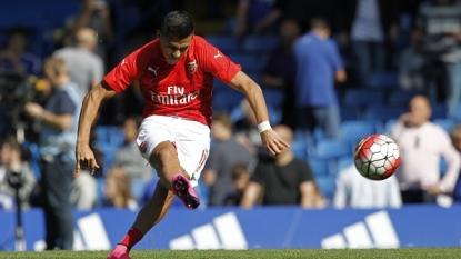 Jose Mourinho: Chelsea boss appears to criticise Arsene Wenger
