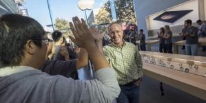 Apple sells 13 million iPhones in 3 days